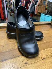 SANITA Size 38 BLACK LEATHER WOMEN'S CLOGS (EUROPEAN)