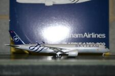 """Gemini Jets 1:400 Vietnam Airlines Airbus A350-900 VN-A897 """"SkyTeam"""" (GJHVN1778)"""