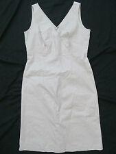 Women's Bloomingdale's Linen Size 10 Solid Beige/Khaki Dress V-Neck Knee-Length