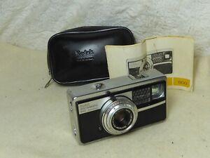 VINTAGE Kodak  Instamatic 500 Film Camera + Original  Manual + case all  WORKING