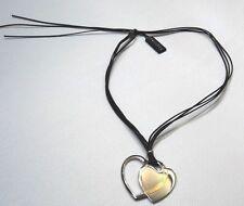 Paricollo Nomination a  cuore in acciaio e oro 18k con laccio multifili nero