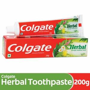 Colgate Herbal Toothpaste, Goodness of Natural Ingredients for Teeth, 200gm
