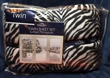 Berkshire Blanket Microplush Twin Fleece Sheet Set.