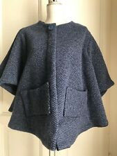 Cappa blu e grigia in lana fatta a mano handmade navy and grey wool cape