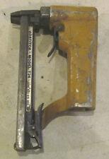 Bostitch T26 Fastening Stapler Nailer Air Pneumatic Brad Nail Gun Staple