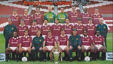 Man Utd Football Team Photo > saison 1993-94
