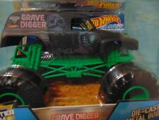 35th ANNIVERSARY Grave Digger Hot Wheel Monster Jam Truck 1:24th scale Big 1