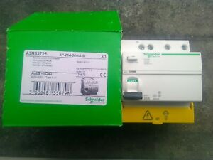 interrupteur différentiel 30ma 25Amp acti9 4 poles schneider type A SI  A9R83725