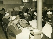 France Nanterre Depot de Mendicite Mending Workshop Old Photo 1930