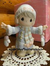 Precious Moments~Dated 2004~117785~ S Mitten With the Christmas Spirit~ gloves