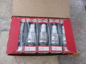 10 NOS Champion J11 Spark Plugs 511 Buick Chevrolet Chrysler Crosley Dodge