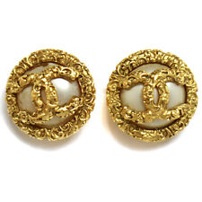 "Authentic CHANEL Vintage CC Logos Imitation Pearl Earrings Clip-On 1.2 "" T03922"