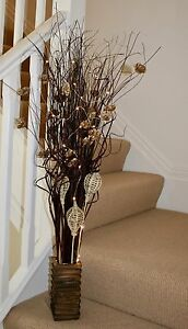 Brown chocolate Indian  Sheath display in free wood vase with free led lights