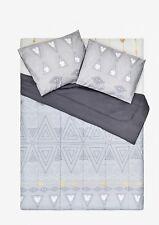 Disney Mickey Mouse Geometric Full/Queen Comforter