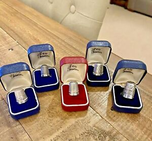 5 x ANTIQUE HALLMARKED STERLING SILVER THIMBLES IN VINTAGE BOXES