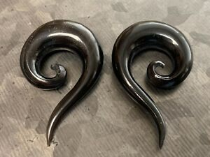 PAIR Organic Horn Spiral Tapers with Tail Plugs Tunnels Gauges Body Jewelry