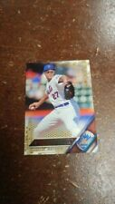 2016 Topps Gold # 190 Jeurys Familia parallel card – New York Mets – 1574/2016