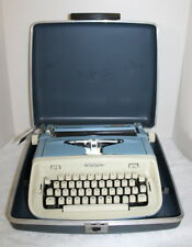 Vintage Royal Aristocrat Portable Typewriter w/ Case ~ USA ~ 1950's