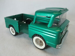 Vintage 1960's Structo green ramp side pick up truck for parts