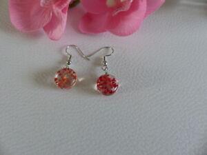 Petites Boucles d'Oreilles Rondes Fleurs Naturelles Rouges - Bijoux des Lys