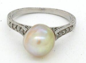 Platinum elegant .25CTW VS1/F diamond/8.4mm pearl carved cocktail ring size 5.25