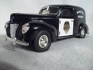 USA Scale Models GN0004 Anaheim Police 1940 Ford Panel Van  Bank