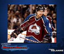 Teemu Selanne SIGNED Avalanche 8X10 Photo -70112