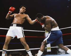 1975 Heavyweight Boxers JOE FRAZIER vs MUHAMMAD ALI Glossy 8x10 Photo Poster