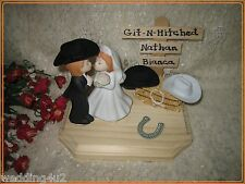 Western Wedding  ~Cowboy~ Cake Topper Kissing Couple Git n' Hitched Sign