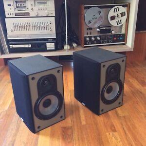 Paradigm ADP-350 Dipole AV Speakers Black (Pair) Used Stereo Theater Surround