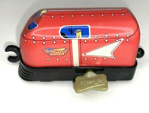 """2005 Sonic Tin Toy Wind-Up Toy """"Retro Line"""" Train Engine Red/Blue/Yellow - Works"""