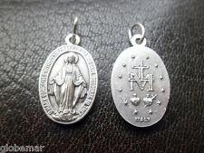 Médaille Vierge Miraculeuse couleur argentée  1,8 cm
