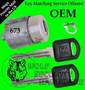 GM Chevy GMC Olds Isuzu OEM Single Door Key Lock Cylinder W/ 2 GM Keys 702673