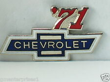 1971 Chevrolet Pin Badge Chevy Auto Pins lapel Hat Tack