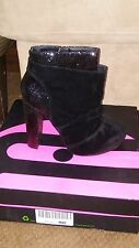 Womens Shoes & Ankle Boots Size 9