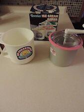 Donvier 1 Quart Premier Ice Cream Maker NO ICE, SALT OR ELECTRICITY Pink Rim