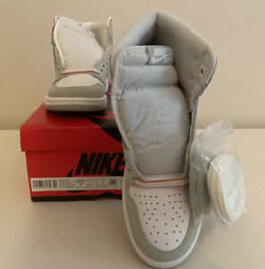 Nike Women's Air Jordan 1 Retro High OG Seafoam Size 7.5W/6M Brand New