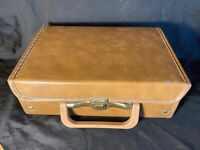 Vintage Service Mfg Co. USA 12 Cassette Tape Carrying Case Storage (Brown)