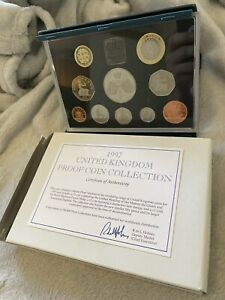 Royal Mint 1997 UK Proof Coin Collection Cased 10 Coins  Set £5 £2 £1 50p