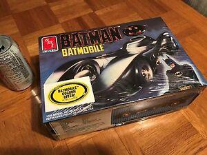 1989 MOVIE - BATMAN BATMOBILE CAR, Plastic Model Kit, Scale 1:25
