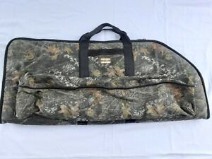 Brookwood #4207, soft bow case, camouflage, 44 inch
