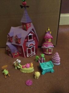 My Little Pony FiM G4 Sweet Apple Acres Barn With 2 mini ponies accessories