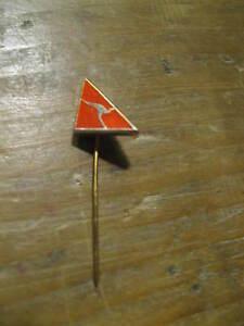 Qantas Airlines Australia Kangaroo Logo Small Australian Stick Lapel Hat Tie Pin