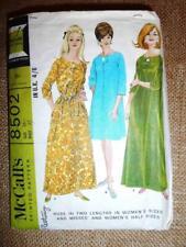"McCalls Vintage Sewing Pattern 8502 KAFTAN SWING 60s DRESSING GOWN ROBE 37"" M"