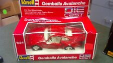 Brand New Revell Porsche Gemballa Avalanche 1:24 Red DieCast Toy Sports Car 8652