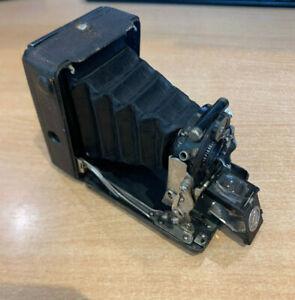 ICA Atom     Typ: Balgen-Kamera     Verschluss: Compound