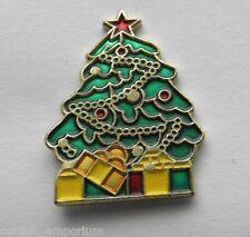 CHRISTMAS TREE XMAS PRESENTS GIFTS LAPEL PIN BADGE 1 INCH