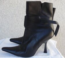 Gianni Versace Made In Italy Booties Heels Shoes Size 39 1/2 Solid Black