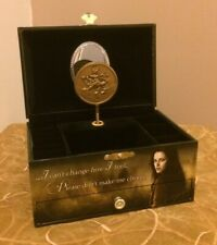 Neca The Twilight Saga New Moon Musical Jewelry Box Bella Edward & Jacob Scarce!