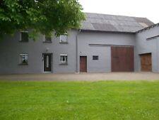 Einfamilienhaus, Ökonomiegebäude (Bauernhaus) mit großem Grundstück